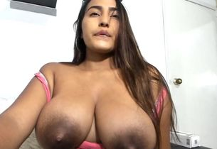 Knockout latina has massive lactating..