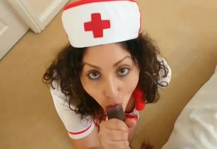 Brit Nurse collects indian batter..