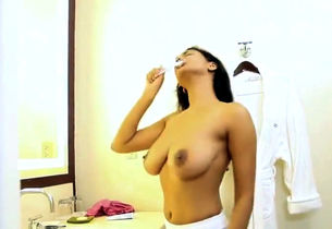 Sexiest desi Cougar with naked fat..